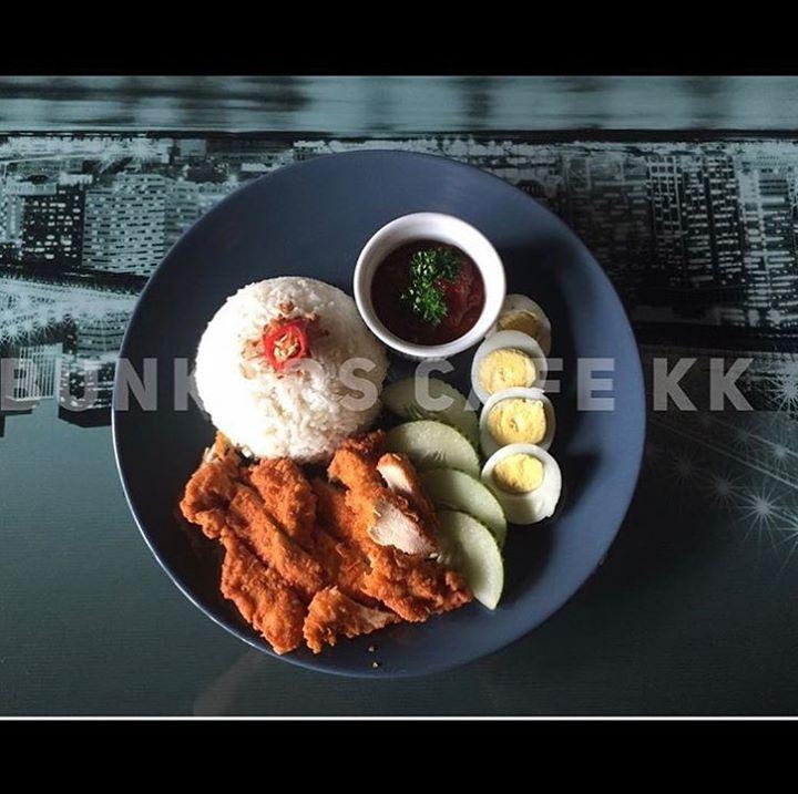 ** Weekdays Set Lunch **