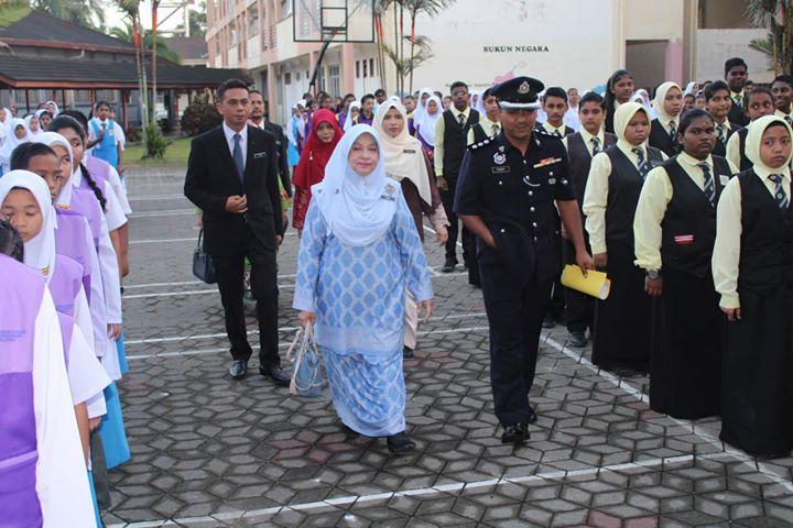 Sekitar Majlis Penyampaian Watikah Pelantikan Pemimpin Murid Smk