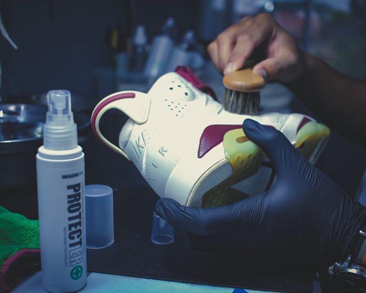Meh Datang Kedai @sneakersspa.my... Confirm Kasut Korang Kembali