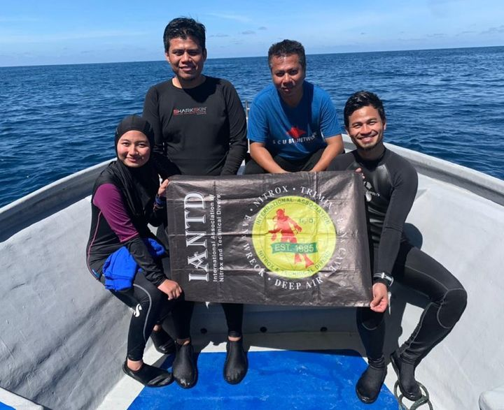 Congratulations To New Certified Open Water Divers