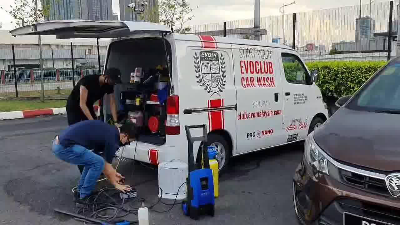 Kemudahan Cuci Kereta Bergerak Evoclub