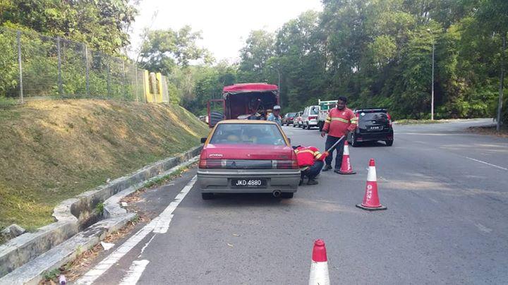 Bantuan Kecemasan Di Jkr Johor Bahru J240 Jalan