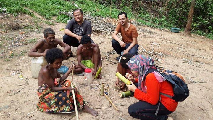 Bersatu Bersama Alam. Alami Kehidupan Dalam Hutan Tropika