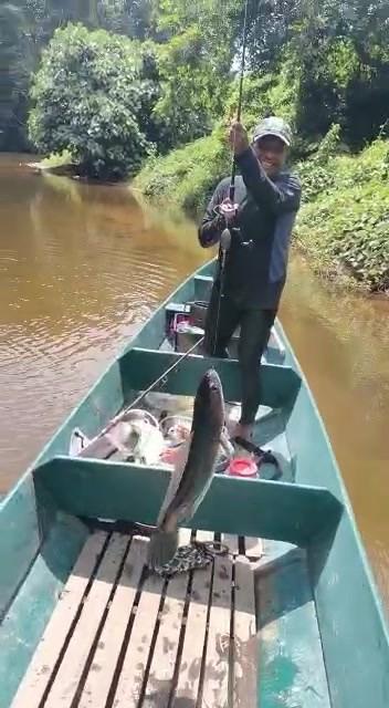 Man Vs Fish