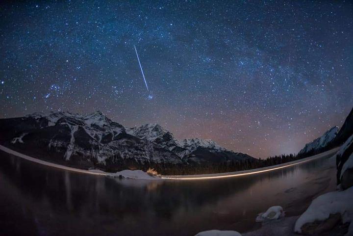 Peluang Terbaik Menyaksikan Tahi Bintang Akan Juraian Meteor